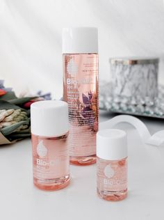 Bio-Oil's unique formulation helps improve the appearance of scars, stretch marks and uneven skin tone.
