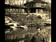 Hello Im Johnny Cash  by Alabama3