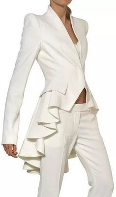 A MCQUEEN Ruffled Leaf Viscose Crepe Coat - Lyst~ White fashion couture woman's fashions pant outfit pants white white fashions Alexander Mcqueen, Mcqueen 3, Steve Mcqueen, Elegantes Outfit, Mode Inspiration, Mode Outfits, Mode Style, White Fashion, Fashion Coat
