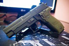 Sig Sauer P226 Navy Edition
