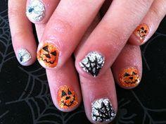 Love all the Halloween nail art ideas! #Halloween #nailart