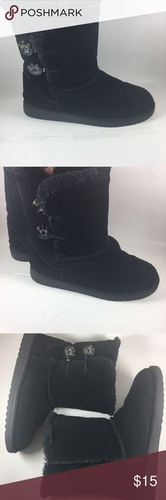 Black suede Shearling style boots size 7 Cute and comfortable slip on ankle boots SIZE 7 Shoes Ankle Boots & Booties