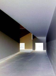 Álvaro Siza Vieira Serralves - Contemporary Art Museum - Porto, Portugal