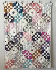 Disappearing Hour Glass Quilt  - Katherine Toy