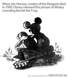 When Jim Henson died, Disney artists Joe Lanzisero and Tim Kirk drew this tribute of Mickey Mouse consoling Kermit the Frog, which appeared in the Summer 1990 issue of WD Eye, Walt Disney Imagineering's employee magazine. I LOVE MUPPETS! Jim Henson, Disney Love, Disney Magic, Sad Disney, Punk Disney, Evil Disney, Disney Nerd, Disney Facts, Disney Stuff