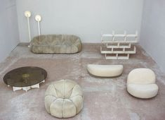 Pierre Paulin - Furniture designed for the Elysee Palace, // Design Furniture, Furniture Decor, Boho Apartment, Interior Architecture, Interior And Exterior, Pierre Paulin, Table Design, Take A Seat, Vintage Design