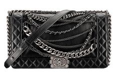 Chanel boy bag with chains. Dying.