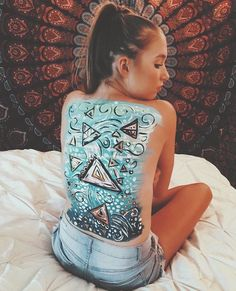 Back Painting, Back Art, My Canvas, T Shirts For Women, Blouse, Tops, Fashion, Moda, Fashion Styles