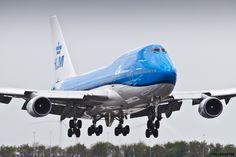 https://flic.kr/p/u6jhME | EHAM 08 Mai 2015 Boeing 747 KLM PH-BFT | landing in 18 R it's written
