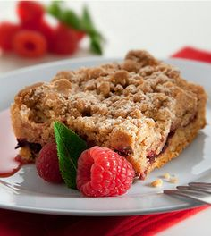 Berry Crumble Squares