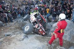 Throw back Thursday! KOH 2009 crazy crazy year! The race was still so new that spectators were not controlled and things got out of hand. It was super unsafe and we are all lucky no one got hurt really badly. Now days spectators have safe areas they can watch from with jumbotrons with live views of the rest of the course. You can also watch the race from home on the live stream. Still nothing beats being on the lake bed durning King of the Hammers week.  @marlincrawler #ftoy #tbt #red…