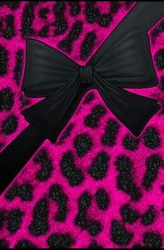 Hot Pink Leopard Wallpaper