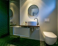 Showerroom designed by S i D Bathroom interiordesign interior marble black taps ausboard herringbone sjower