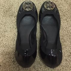 Tory Burch Caroline flats Tory Burch Caroline flats. Size 10 black in EUC. A couple minor scuffs but overall great. No box and no trades. Tory Burch Shoes Flats & Loafers