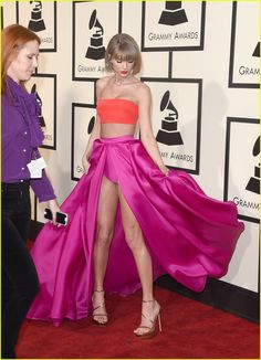 Taylor Swift Gets Congratulations From Calvin Harris After Grammy Wins: Photo #930424. Taylor Swift displays her armful of Grammys at the 2016 Grammys held at the Staples Center on Monday (February 15) in Los Angeles.     The 26-year-old