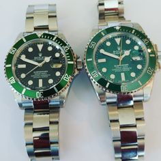 #brevet #custom #Rolex #bespoke #submariner #hulk #Kermit #116610 #16610 #116610LV #16610v #16610LV #anlage #perlageunderbezel#polishedcenterlinks #sapphire #displayback #3135 #customwhitegoldsecondshand #yellowgoldsecondshand #customedatewheel Retail Price for each is $19,995.00 DM to order. Rolex Submariner, Kermit, Stainless Steel Watch, Retail Price, Hulk, Rolex Watches, Bespoke, Sapphire, Mens Fashion