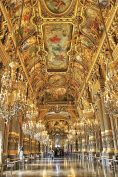Phantom of the Opera Room | The Grand Foyer. In Kongo's opinion this room exceeds the Hall of ...