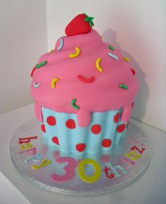 Winter theme cupcake birthday | well soon birthday cake and cupcakes large cupcake for birthday