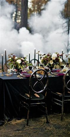 Moody Jewel-Toned Halloween Wedding Inspiration Shoot - Love Inc. Mag Dark and moody wedding reception tablescape with black table cloth, dark purple tapered candles,and burgundy and white floral centerpieces. Halloween Dinner, Theme Halloween, Spooky Halloween, Classy Halloween, Halloween Table, Vintage Halloween, Halloween Makeup, Avatar Halloween, Halloween Entertaining