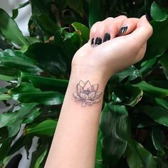 "58 Likes, 2 Comments - DUST⚜CAMP (@dustcamp_official) on Instagram: ""#DustCamp 연꽃 Lotus Tattoo by @tattooist_milo"""
