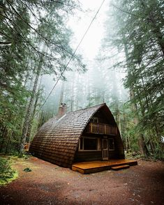 💜 awesome cabin in the woods ( Seattle, Washington ) photo © Forrest Smith Wanderlust Hotel, Storybook Homes, Destinations, A Frame House, Survival Life, Survival Gear, Cabins In The Woods, Little Houses, Tiny Houses