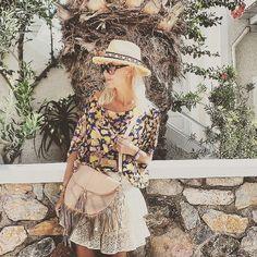 We are instagram addicts ❂ ❤ ➳ – ELF