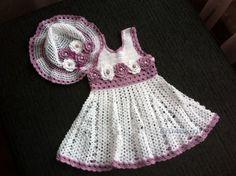 Платье и панамка для девочки - работа Натальи