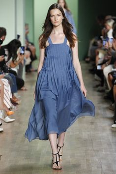 Tibi Spring 2016 Ready-to-Wear Fashion Show