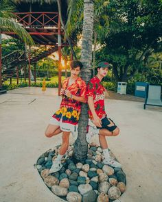 Emilio And Ivan Martinez, Martenez Twins, Twin Brothers, Youtubers, Beautiful People, Boys, Style, Crushes, Wallpaper