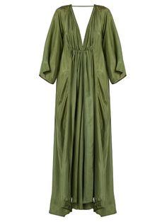 Kalita Clemence deep V-neck silk gown Silk Evening Gown, Silk Gown, Evening Dresses, Mode Kimono, Quoi Porter, Beach Wear Dresses, Slip Dresses, Maxi Dresses, Caftan Dress