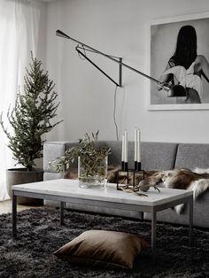 Scandinavian interior living room - that table!