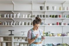 To be successful, learn how to price handmade items and you can build a small business that earns major profits. Martha Stewart, Jobs Uk, General Crafts, Craft Business, Photo Craft, Selling Art, Money From Home, Hand Tools, Bird Houses