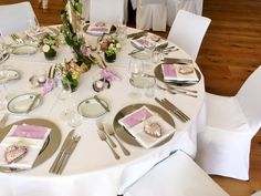 Eingedeckter Tisch   Augusthochzeit