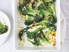 Daphne Ozs cheesy pizza broccoli as seen on the  Rachel Ray today...yum