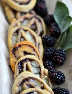 This easy, 4-ingredient appetizer combines brie, blackberry jam, sage, and crescent dough. It looks and tastes elegant, but it is super simple to make. I'm an equal opportunity cheese lover, but when it comes to entertaining, there's just something about brie. I think it's the fact that it'sso versatile — it's delicious whether it's spread …