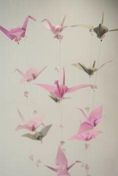Movil de gruas y abalorios • Mobile cranes with beadworks
