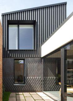 Courtyard House by Dallas Pierce Quintero #architecure #facade