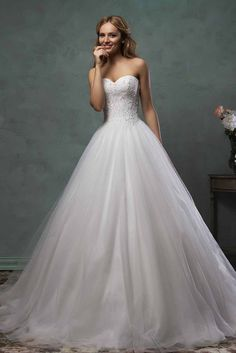romantic strapless sweetheart ball gown tulle wedding dress lace skirt