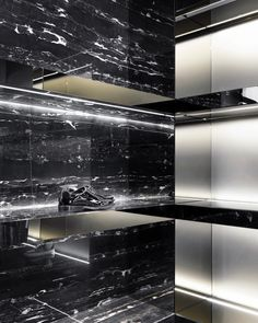 Les Hommes flagship store by Piuarch, Milan   Italy fashion