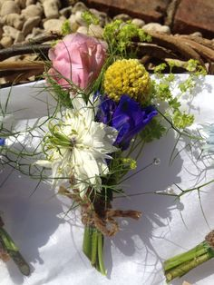 Wessex Flower Company - Vintage Country buttonholes.