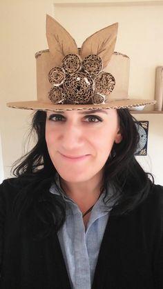 Atik malzeme değerlendirme karton şapka