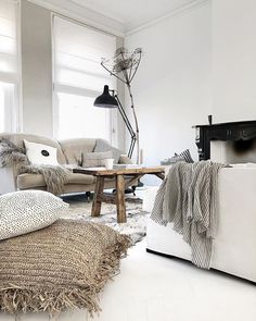 home living room decor Nordic Living Room, Cozy Living Rooms, Home Living Room, Interior Design Living Room, Living Room Designs, Living Room Decor, Hygee Home, Balinese Decor, Living Room Inspiration