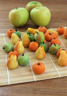 Making marzipan fruits! Quick video demo and instructions at hilahcooking.com