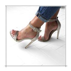 593136fa4d8  Shuzee Nicole Nude Velvet High Heels