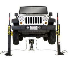 Dannmar MaxJax™ 2-post Portable Auto Lift