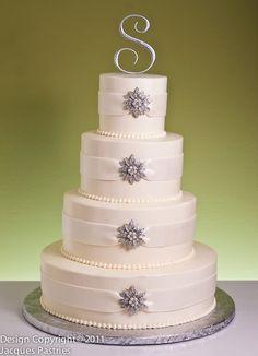 crystals winter wedding cake - Winter Wedding Ideas