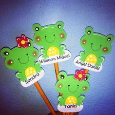 10986663_10153144300524861_8841118314764147571_n (1) Preschool Activities, Paper Cutting, Ideas Para, Diy And Crafts, Yoshi, Pastel, Classroom, Valentines, Elsa
