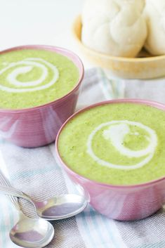 Zoete Aardappel Broccoli Soep | Plantbites Soup Recipes, Cooking Recipes, Healthy Recipes, Lunches And Dinners, Soups And Stews, Latte, Good Food, Veggies, Vegan