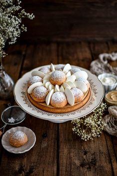 St Honore Cake, Cremeux Caramel, Caramel A Sec, Food Design, Camembert Cheese, Bakery, Stuffed Mushrooms, Deserts, Sweets