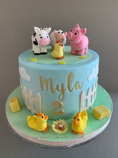 Day at the farm - cake by Penny Sue Farm Birthday Cakes, Second Birthday Cakes, Animal Birthday Cakes, Cow Birthday, Farm Animal Birthday, Birthday Cake Girls, Birthday Ideas, Animal Cakes For Kids, Farm Animal Cakes